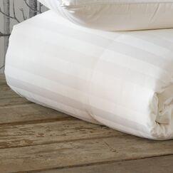 Rhapsody Luxe Heavyweight Down Comforter Size: California King