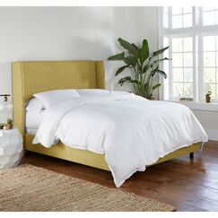 Alrai Upholstered Panel Bed Size: Queen, Color: Zuma Golden