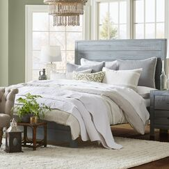 Montauk Panel Bed Color: Rustic Gray, Size: King