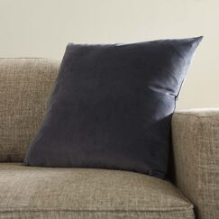 Fatima Velvet Pillow Cover Size: 20