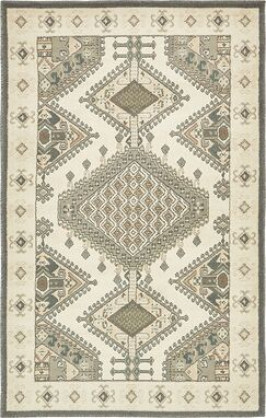Giovanni Ivory Area Rug Rug Size: Rectangle 5' x 8'