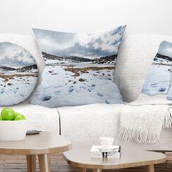 Snow Mountains in Kosciuszko Park Landscape Printed Pillow Size: 18