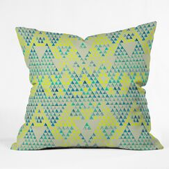 Carlton Triangle Marine Indoor/Outdoor Throw Pillow Size: Large