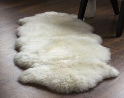 Machin Handmade Shag Sheepskin Ivory Area Rug