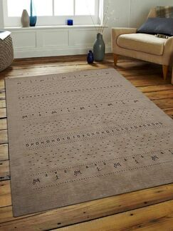 St Catherine Hand-Knotted Wool Beige Area Rug Rug Size: Rectangle 6' x 9'