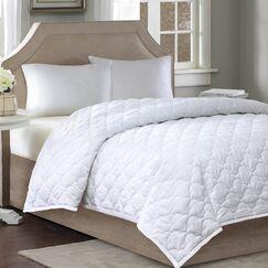 Down Alternative Comforter Size: Twin