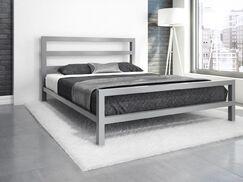 Vicksburg Metal Platform Bed Size: Full, Color: Silver