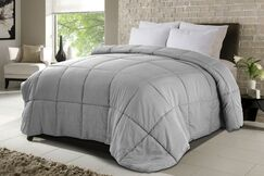 All Season Down Alternative Comforter Bed Size: Full/Queen