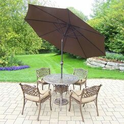 Mississippi 5 Piece Dining Set with Cushions Umbrella Color: Brown, Cushion Color: Oak Meal