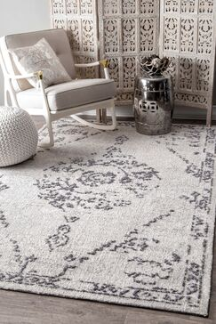 Firenze Gray Area Rug Rug Size: Rectangle 5' x 8'