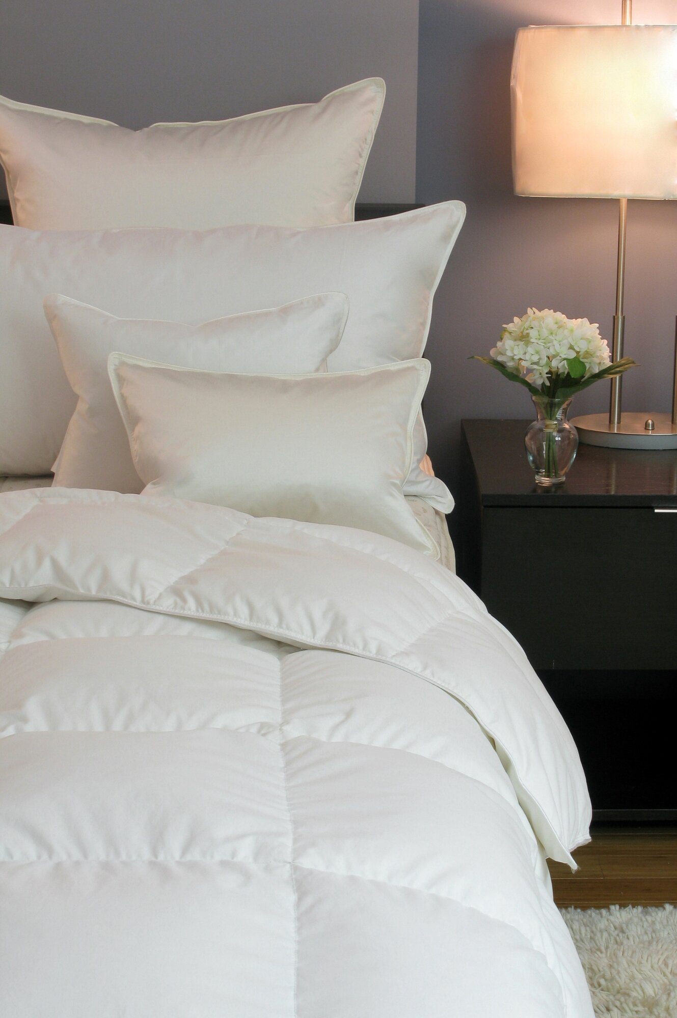 Cozy Down Lullaby Siberian Lightweight Down Comforter Size: King
