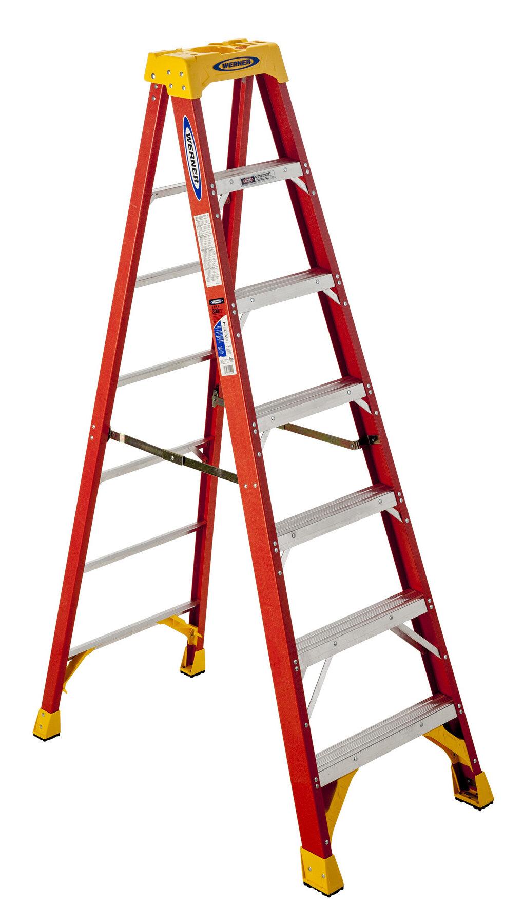 Werner 7 Ft Fiberglass Limit Step Ladder With 300 Lb Load