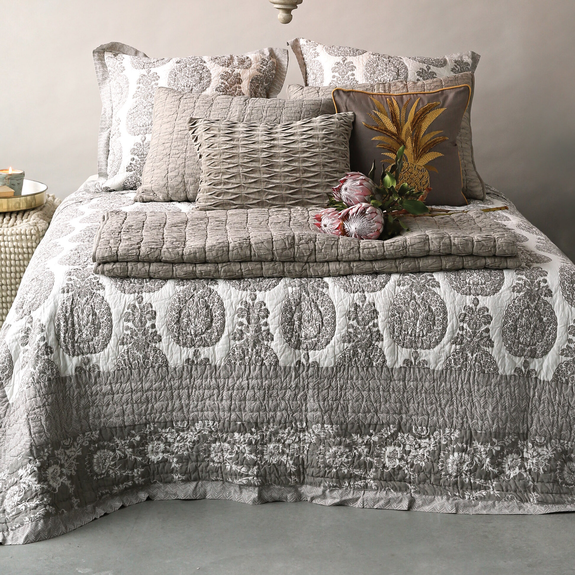 Creative Co Op Chateau Screen Printed Bed Quilt Ebay