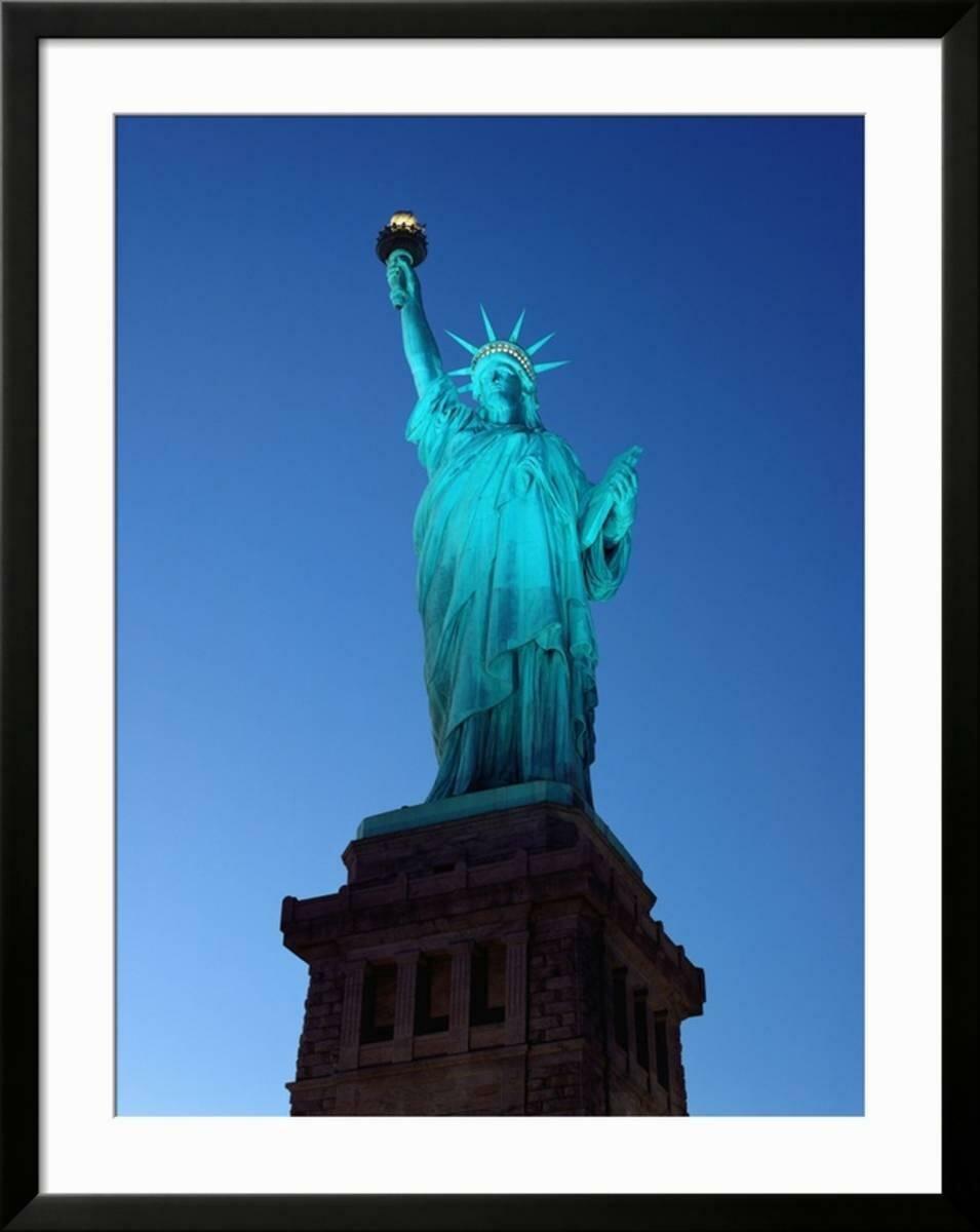 Artcom Statue Of Liberty Framed Photographic Print Frame Black