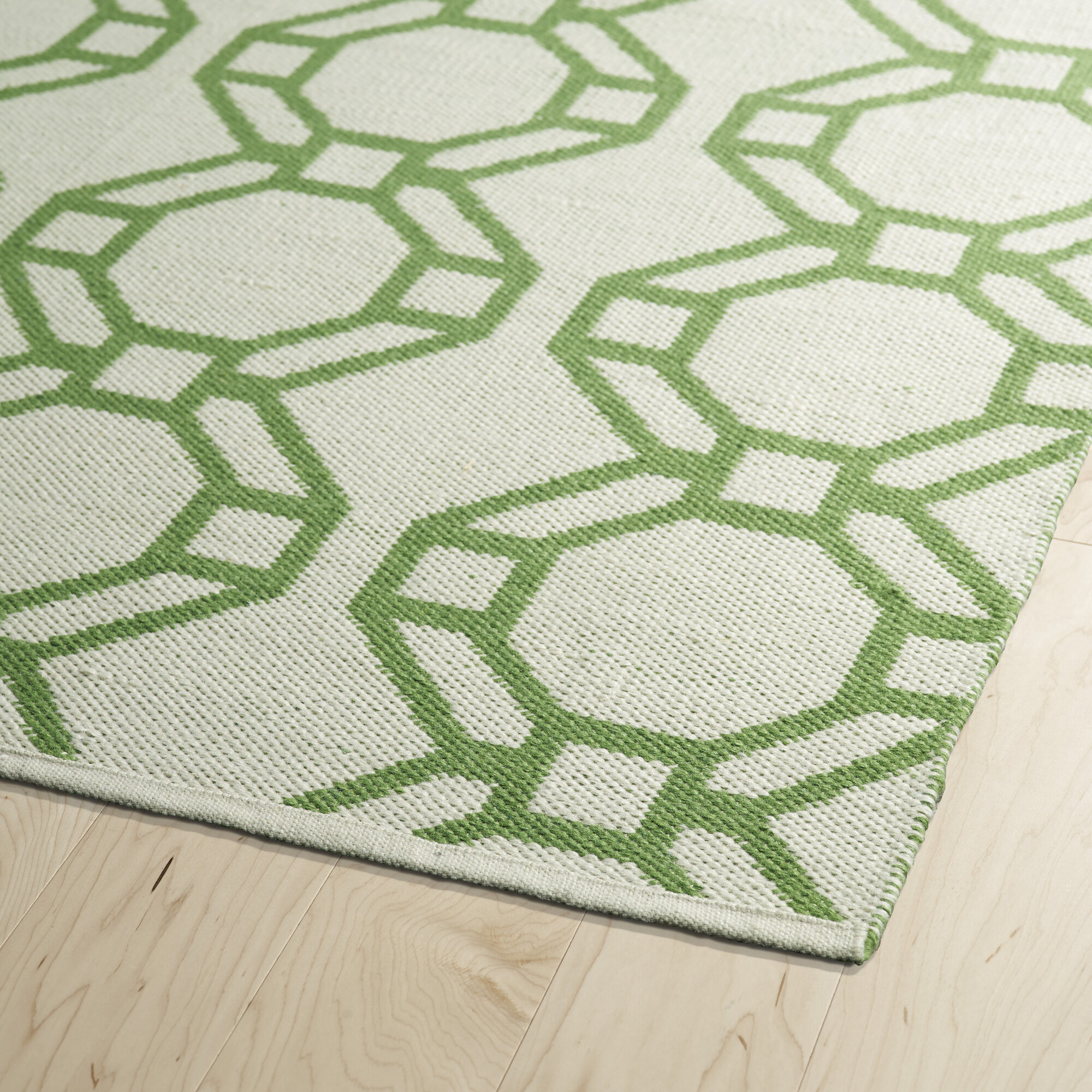 Kaleen brisa cream lime green indoor outdoor area rug ebay for Indoor outdoor carpet green