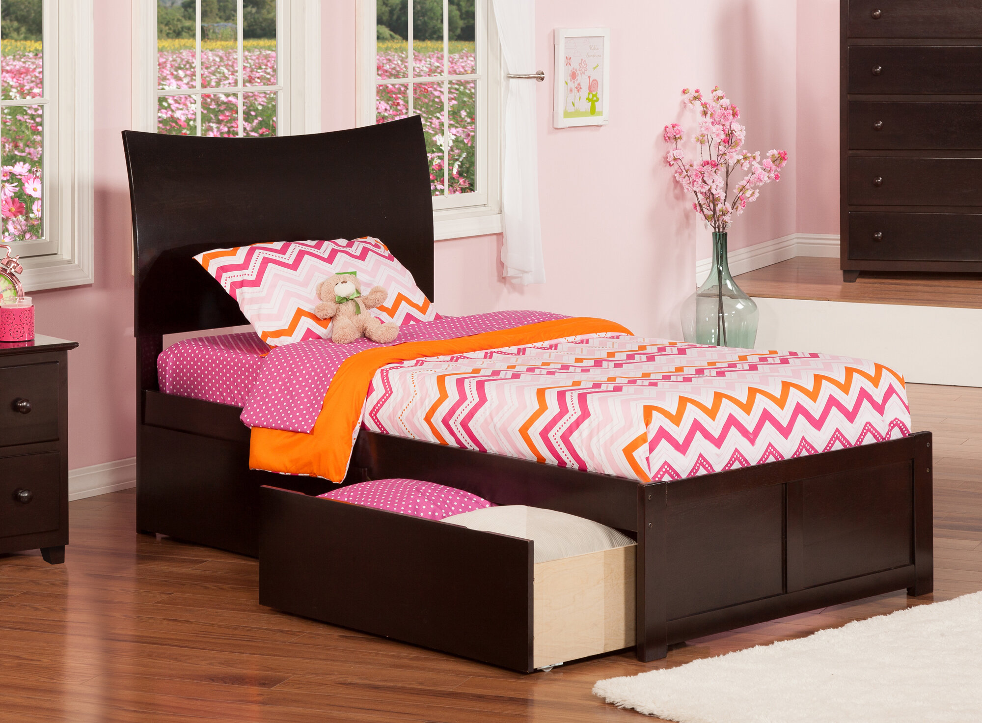 Atlantic Furniture Soho Twin Xl Sleigh Bed With Drawers