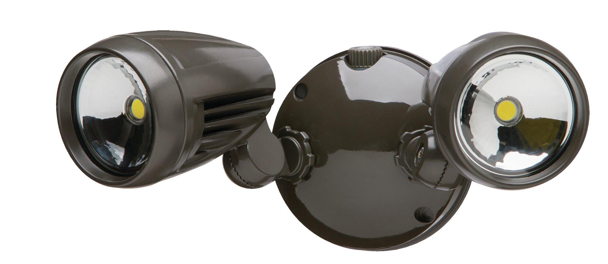 about heath zenith dual head led automatic dusk to dawn flood light. Black Bedroom Furniture Sets. Home Design Ideas
